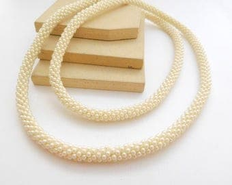 Vintage White Simulated Pearl Bead Woven Tube Rope Necklace M8