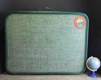Vintage Green American Tourister  Train Case // Smart Vintage Overnight Bag // Suitcase // Luggage