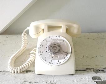 Vintage Rotary Telephone Phone Cream ITT