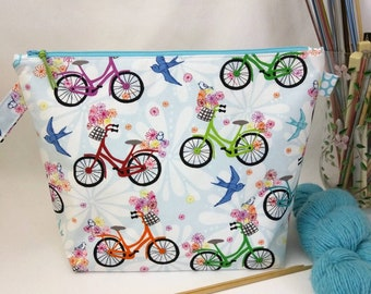 Medium Wide-Mouth Wedge Bag with Organizer Pockets - Bicycles and Bluebirds
