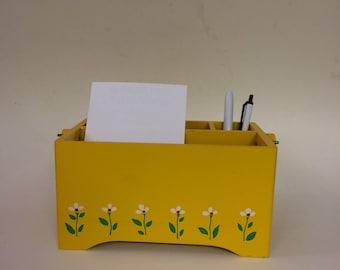 Vintagr Yellow Daisy Caddy
