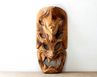 Boho tribal vintage wooden mask / Hawaiian hand carved demon dragon mask / carved wood mask home decor / tiki style / monkey pod wood mask