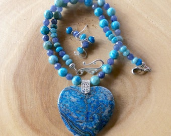 18 Inch Blue and Gray Lace Agate Heart Necklace with Earrings