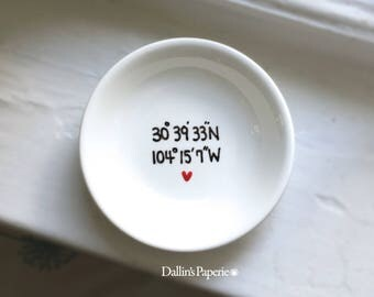 Personalized RING DISH, Engagement Gift Mug, Hand painted, Coordinates ringdish, Customized Ring dish, Gold wedding gift, trinket dish