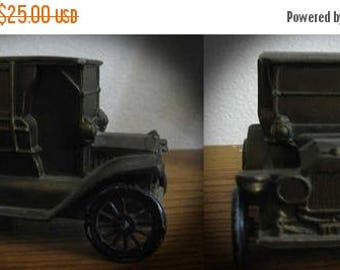 30% Off Clearance Sale Vintage Die Cast Heavy Metal Antique 1915 Truck First Bankirst National Pipestone MN