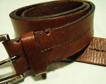 Vintage 1997 Levis Brown Unisex Belt