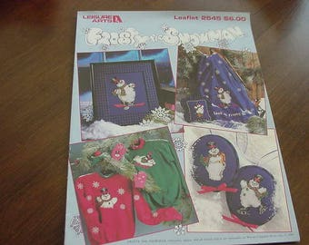 Frosty Snowman, 1994 Counted Cross Stitch Pattern Book, Leisure Arts Leaflet 2545, Vintage, Winter