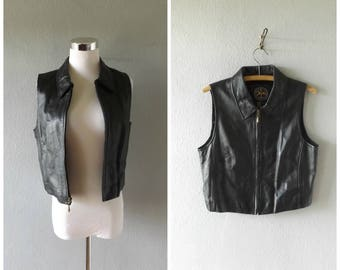 cropped black leather vest - vintage 90s grunge rocker chic blouse - size s/small - biker t shirt tops - 1990s club kid cyber goth shirt