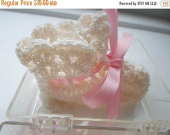 ON SALE Vintage Baby Booties, Pink & Ivory, Crocheted, Dolly, New In The Box, Booties For Babies, Newborn, Baby Clothes, Infant Booties