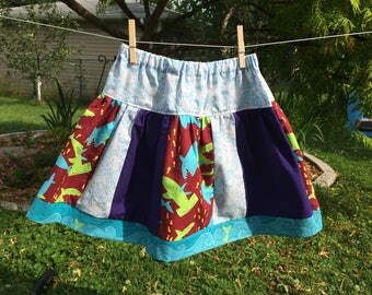 Girls shark skirt size 6/7