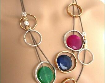 Collier/Sautoir - multicolore - Pierre, Perles, Nacre, Céramique, pompons
