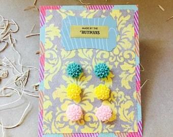 Earrings trio. Stud earrings. Flower earrings. Simple studs. Gift for her. Gift for mom. Gift for teen. Gift for teacher. Gift for bride.