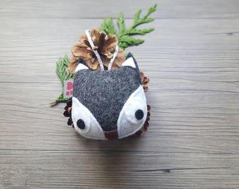Fox Baby Shower, Dark Gray Ornament, Woodland Creatures, Cute Wild Animals, Plush Gift, Kid Bedroom, Creative Decor Ideas, Softie Creature