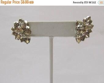 On Sale Vintage Prong Set Rhinestone Earrings Item K # 1987