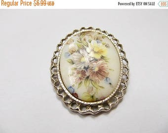 ON SALE Vintage Oval Floral Glass Panel Pin Item K # 702
