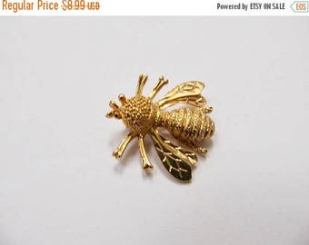 ON SALE SARAH Coventry Vintage Bee Pin Item K # 2811