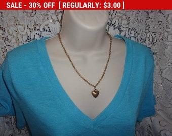 Vintage heart pendant necklace