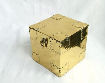 Vacay SALE...ships 7/8... Vintage brass box...brass chest...brass treasure chest.
