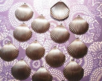 14 Metal Alloy 28mm Sea Shell Charms Findings Pendants