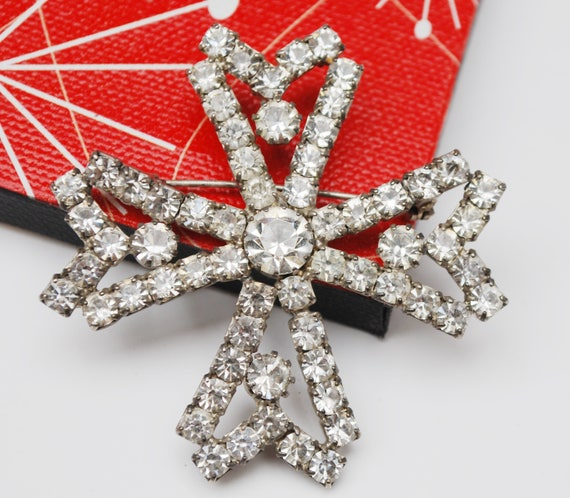 Rhinestone Maltese Cross Brooch - Atomic   - Snowflake - Clear crystal - Pot metal pin