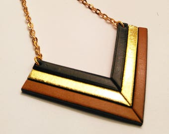 camel leather black and gold necklace