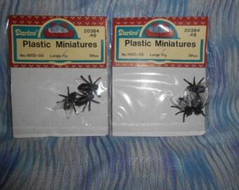 Darice Plastic Spiders-2 Packs=6 Spiders Total-Old Store Stock