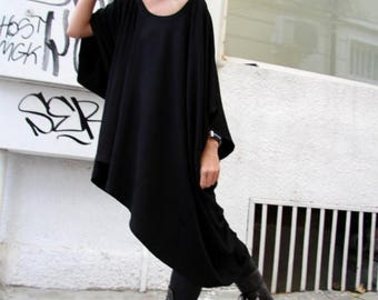 SALE Oversized Loose Extra Large Black Blouse / Asymmetric Tunic Top A01076