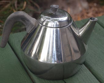 eb2519 Tea Kettle HOLLYWOOD Stainless 18/8 SWEDEN 1960s Unmarked Nils Johan 60s