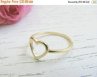 SALE - Heart ring - Heart gold ring - 14k gold filled jewelry - Gift for her - Valentines gift