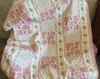 Baby Girl Quilt, Roses Calico and Polka Dots, Quilted Crib Quilt, Quilted Carraige Quilt, Baby Shower Gift, New Baby Gift, Red, Pink, White