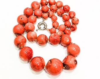 Chunky, Graduated Orange Bamboo Coral Necklace