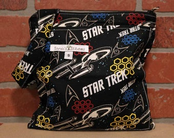 Small Wetbag, Star Trek, HANDLE, Cloth Diaper Wetbag, Cosmetic Bag, Diaper Bag, Holds One Diaper, Size Small with Pocket, S31