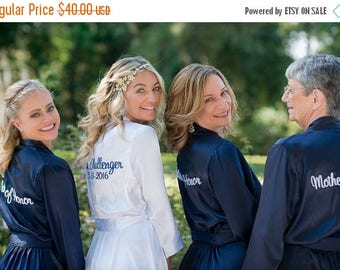 ON SALE Bridal Robes,Satin Robe White Robe, Custom Embroidered, Bridal Shower Gift, Getting Ready Robe with Custom Colored Embroidery Thread