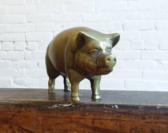 Vintage brass Pig farm animal paper weight oink