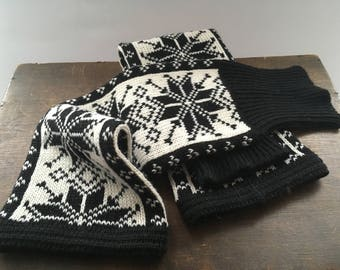 Vintage Norwegian hand knitted leg warmers Black white ethnic socks Gift for her/him Winter leg warmers Long Winter socks