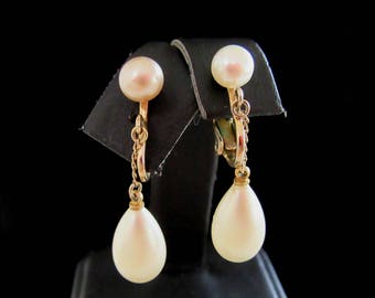 CROWN TRIFARI dangling teardrop faux pearl clip on earrings  - vintage earrings -  spring bride - wedding-Free  U.S. Shipping
