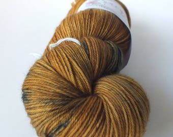 TO order - skein of Superwash Merino / Nylon - hand - dyed Fingering / Sock - color Wooky