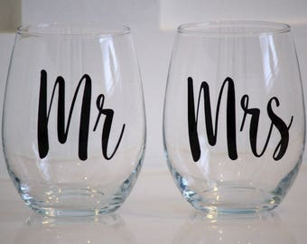 Mr and Mrs Glitter Vinyl Decals, Wine Glass Decals, Vinyl Decals, Wedding Decals, Decals for Wedding, Mr and Mrs Stickers