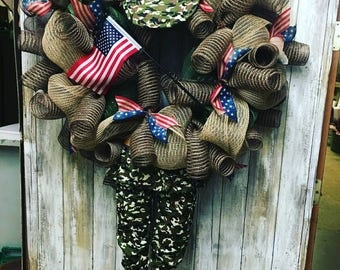 Army strong wreath