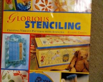 Glorias stenciling