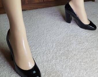 Blackpatent Leather Heels size 38eu