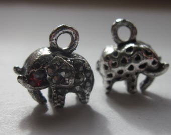 charm elephant charms with red rhinestone 12 mm high (8)