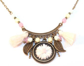 Necklace short Daisy, pom poms and pastel beads