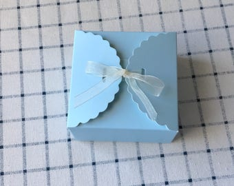 25x Blue Paper Boxes | Bomboniere Favour Box | Wedding & Party Easter Gift Box for Chocolate Bakery Cookie Candy 9x9x5cm