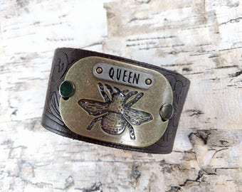 Queen Bee, Leather Cuff Bracelet, Upcycled Belt, Repurposed, Brown Leather, Bee, Antique Gold, LookSomethingShiny