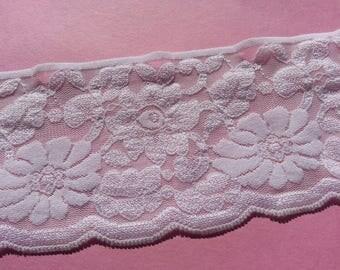 """2 Metres Nottingham Raised Detail White Lace Trim 70mm 7cm 2.75"""" Width"""
