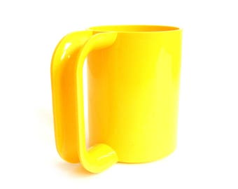 Heller Massimo Vignelli Mug Yellow Melamine Maxmug