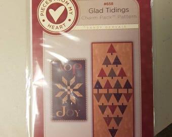 Glad Tidings Christmas Charm Pack Tablerunner Pattern Sandy Gervais Designs