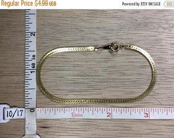 "10% OFF 3 day sale Vintage 7.75"" Gold Toned Bracelet Herringbone Chain Used"
