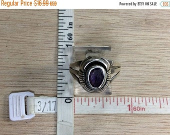10% OFF 3 day sale Vintage L Yazzie 925 Sterling Silver 4.2g Amethyst Ring Size 8 Used